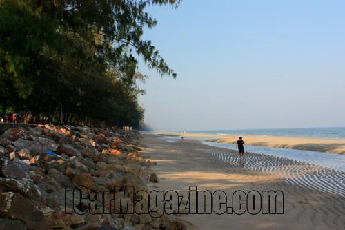 เที่ยวหาดชะอำ เพรชบุรี เติมเต็มความทรงจำในวัยเด็ก